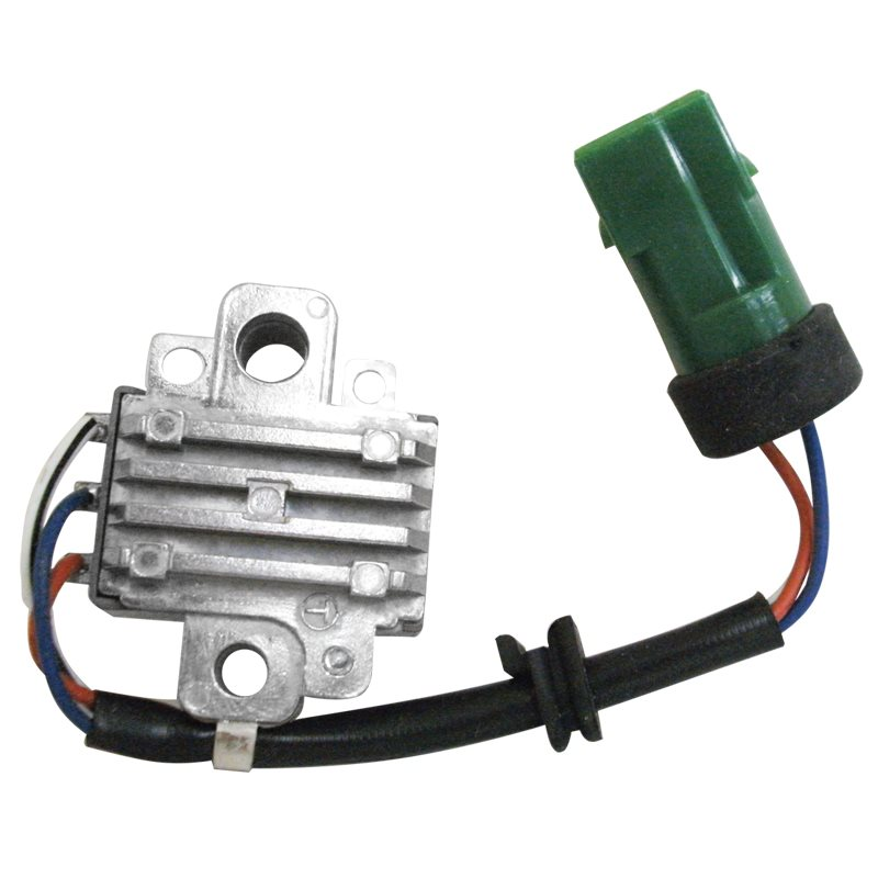 Nippon Denso-ype Regulator 12 V 3 Pin Green
